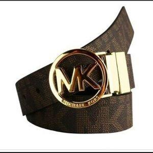 NWOT Michael Kors Reversible Belt (Brown/Black)